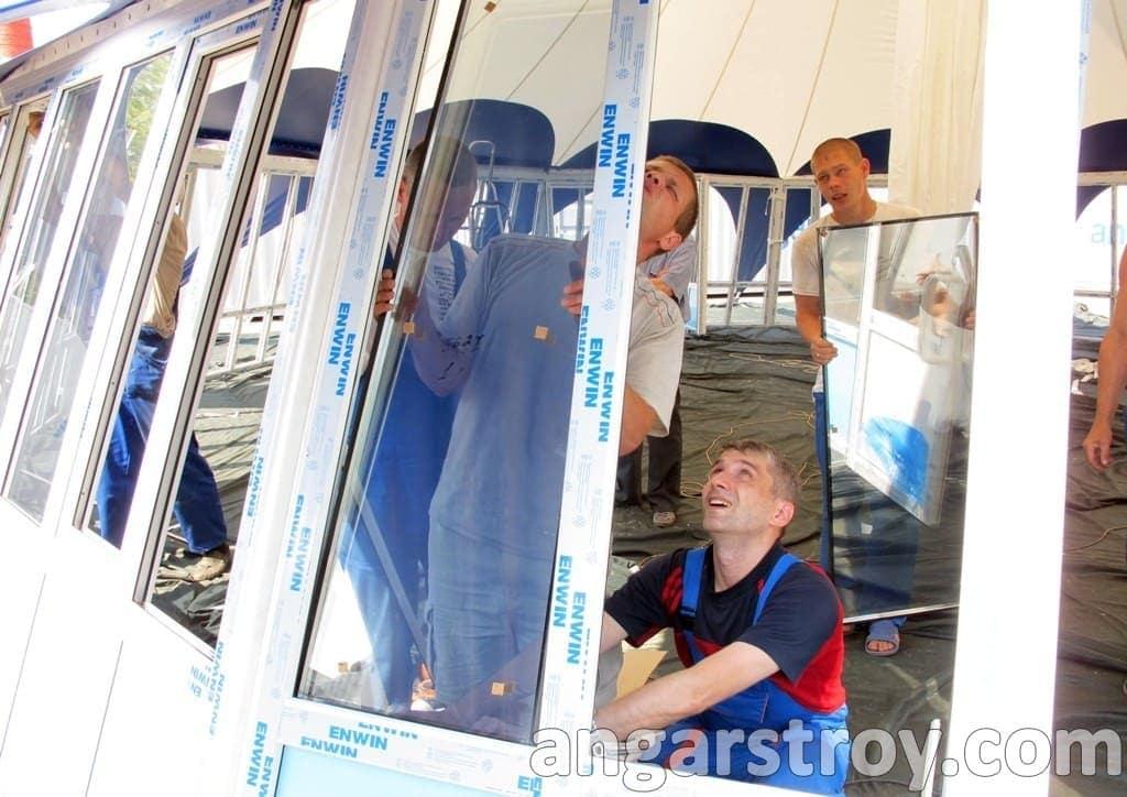 Установка стекла тентовой конструкции